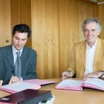 Signature_convention_de_partenariat_Mayotte_a_l_AFD_5_juillet_2013-314x218